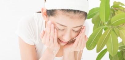 炭酸成分が毛穴の中まですっきり洗顔!FACE WASH PLOSION(プロ―ジョン)